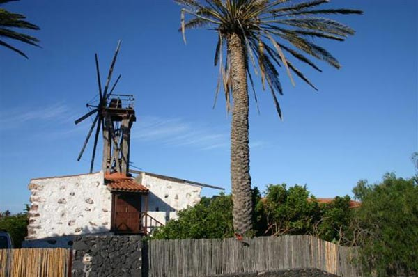 Molino de viento en San Sebastián de La Gomera